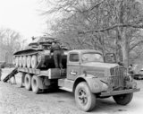 A Cruiser tank on a White transporter, 1940 (c)