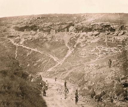 The Vorontsov Ravine: 'The Valley of Death', 1855 (c)