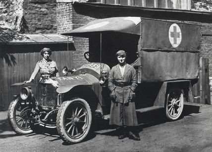 First Aid Nursing Yeomanry ambulance