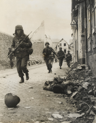 US troops, Koblenz, 1945