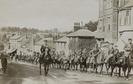 Hertfordshire Yeomanry on the march to war stations, August 1914