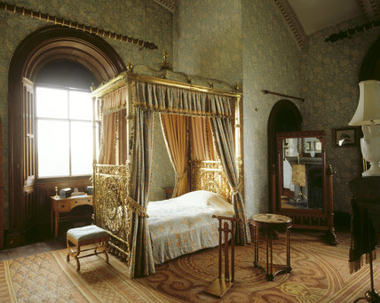 The Keeps Bedroom at Penrhyn Castle, showing the brass bed ...