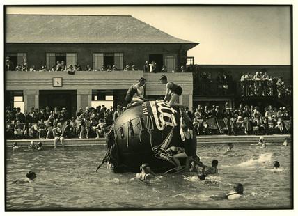 Southport Open Air Bathing Lake 4 E Chambre Hardman