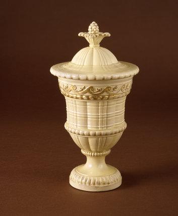 Engine turned Wedgwood creamware vase and cover c.1764-68