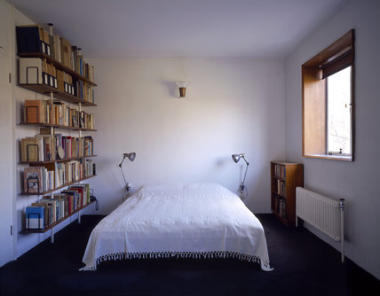 Main bedroom at 2 Willow Road, Hampstead, designed by Goldfinger