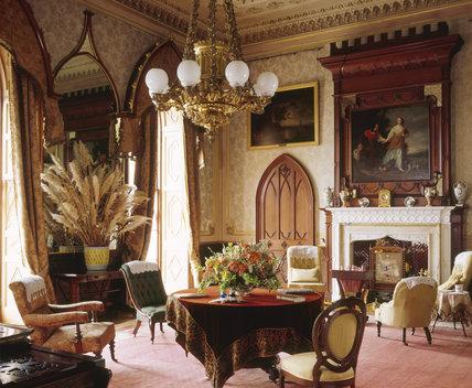 The Saloon, Castle Ward