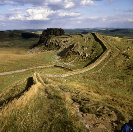 Looking along Hadrian's Wall to Housesteads