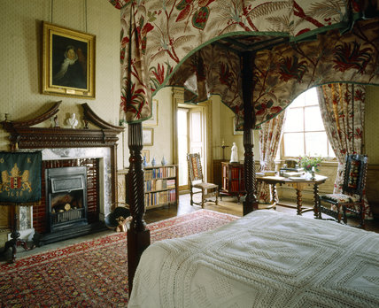 Florence Nightingale's Room with its four poster bed