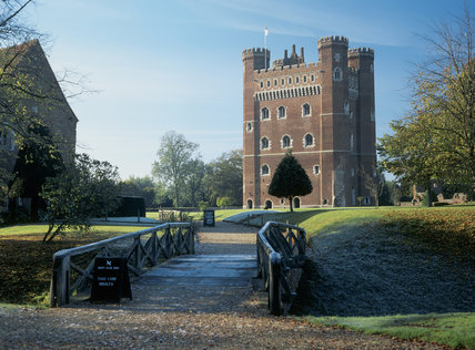 Tattershall Castle: this vast fortified & moated tower was built for Ralph Cromwell from 1433 to 1443