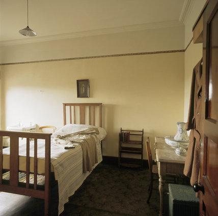 Bedroom Wooden Wall Cabinet