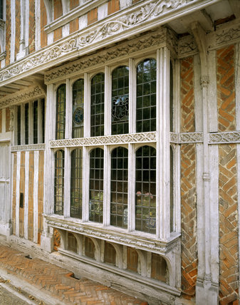 Detail of the Bay windows on the front of the house