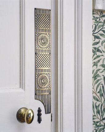 detail of a door finger plate at standen standen at. Black Bedroom Furniture Sets. Home Design Ideas