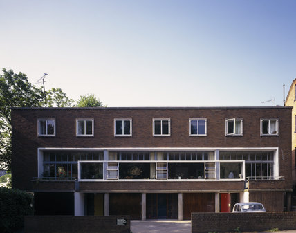 The street front of 1-3 Willow Road designed by Erno Goldfinger