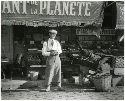 Market Scene, France
