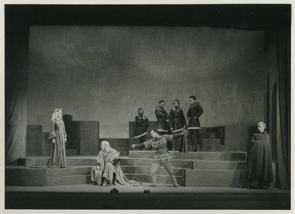 King Lear - Goneril, Lear & Fool