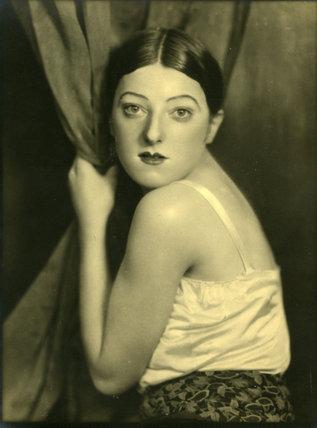 Margaret Hardman, dramatic portrait