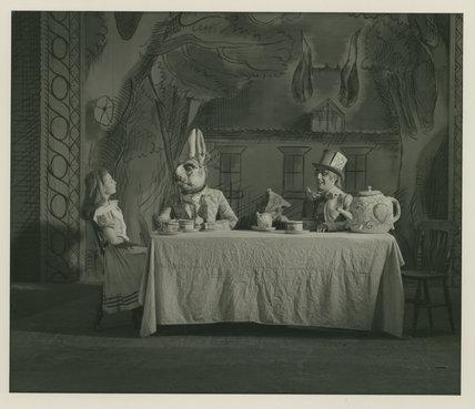 Alice In Wonderland - The Hatter's Tea Party