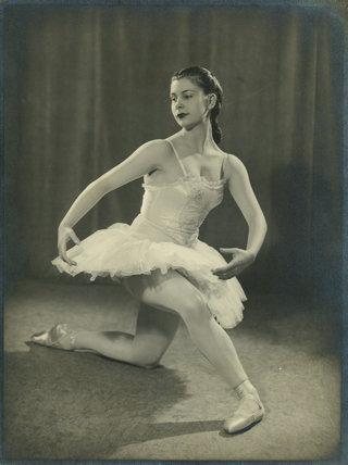Miss Fay Holcroft