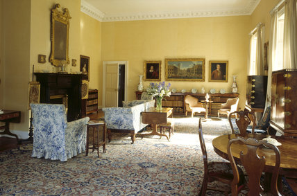 The Drawing Room of 17th century