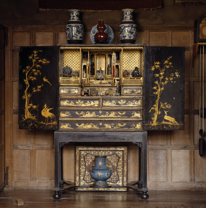 Snowshill - Zenith: Chinese Export Cabinet c.1720