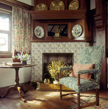 Oak room at wightwick still life of chair with morris - Arts and crafts home interior design ...