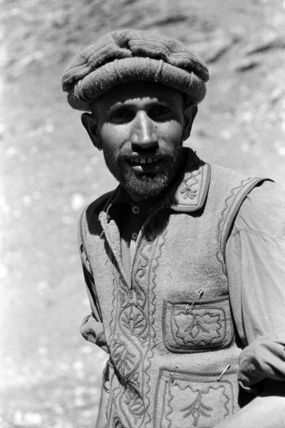 Gujar man wearing a felt hat