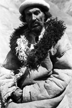 Man wearing a sheepskin jacket