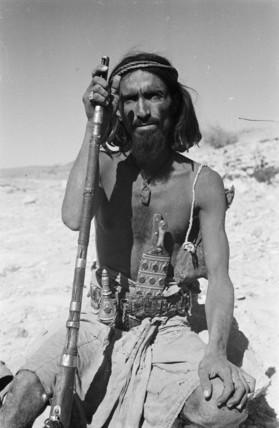 Saar man with a rifle