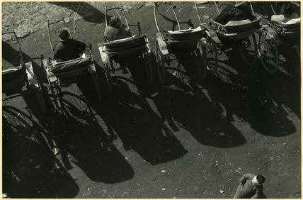 Light and shadow (rickshaws)