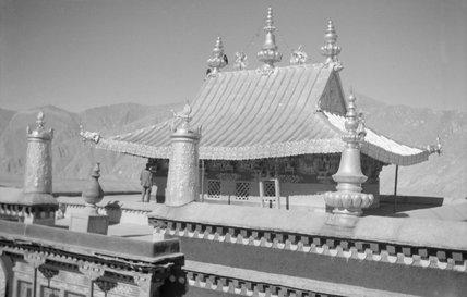 Roof of 13th Dalai Lama's tomb, Potala