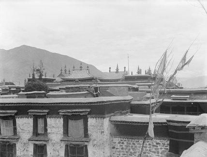 Roof of Jokhang, Lhasa