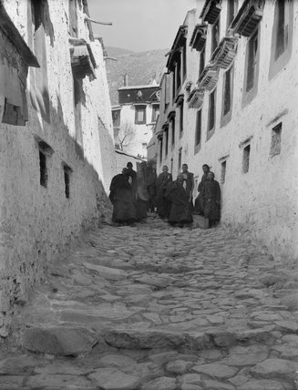 A lane in Drepung Monastery