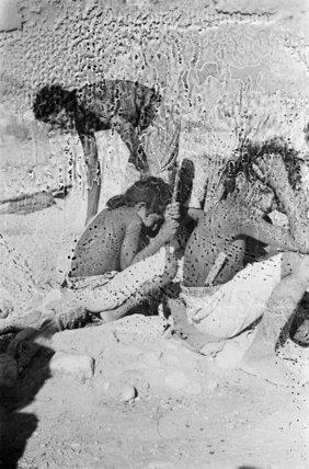 Mahra Bedouin in the Wadi ...