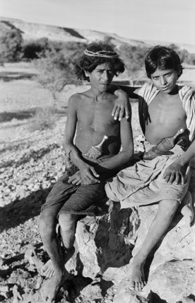 Portrait of two Sa'ar Bedouin ...