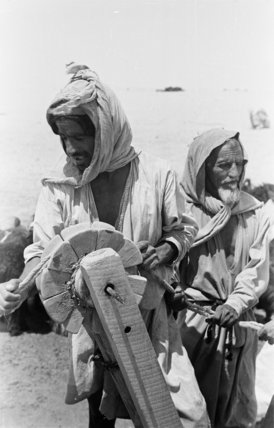Portrait of two Rashid Bedouin ...