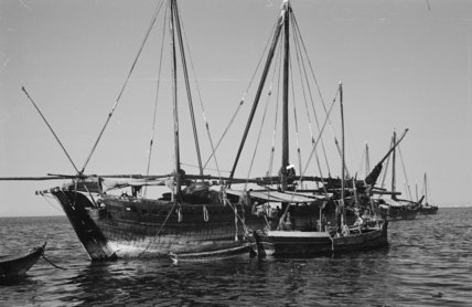 Side view of dhows moored ...