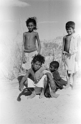 Boys of the Mahra Bedouin ...