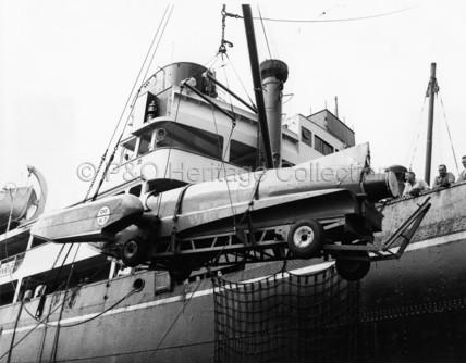Bluebird K7 being loaded onto BALRANALD