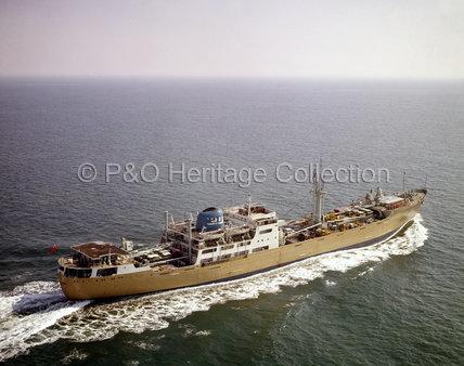 STRATHANNA at sea