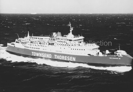 FREE ENTERPRISE VIII at sea