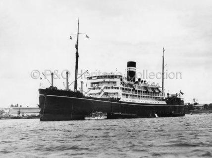 MADURA at anchor