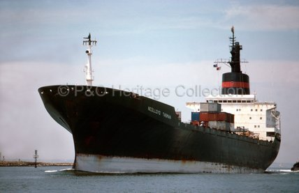 NEDLLOYD TASMAN entering port