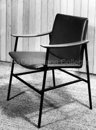 Bureau chair from CANBERRA