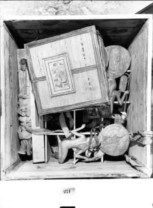 Contents of ornamental casket 271