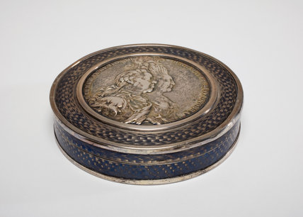 Silver Box, with a Portrait Medallion by Johan Caspar Jaeger