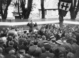 General de Gaulle addressing the citizens of Bayeux, 14 June 1944.