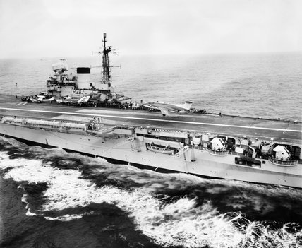 Blackburn NA-39 during landing trials on HMS VICTORIOUS, June 1959.