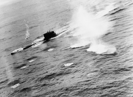 U-625 under attack by a Short Sunderland Mk III of No. 422 Squadron RCAF in the North Atlantic, 10 March 1944.