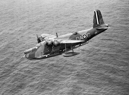 Short Sunderland Mk I of No. 210 Squadron RAF based at Oban in Scotland, escorting a Canadian troop convoy into Greenock, 31 July 1940.