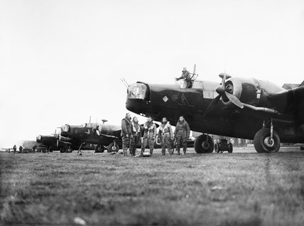 Aircrew and Wellington bombers of No. 149 Squadron RAF at Mildenhall, Suffolk, before a night raid over Germany, 10 May 1941.
